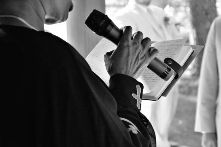 microphone parole liturgie